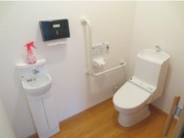 トイレは安全な福祉用トイレです。